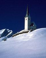 Kirche Tenna im Schnee