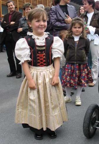 Mädchen in Galtür (Foto: Tiburt Fritz)