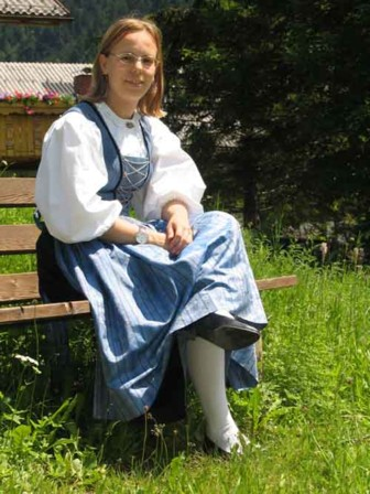 Junge Großwalsertalerin (Foto: Tiburt Fritz)